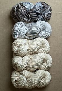 Stitch-block-cowl-gray_small2