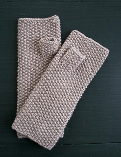 Seed-stitch-mittens-600-2_small2