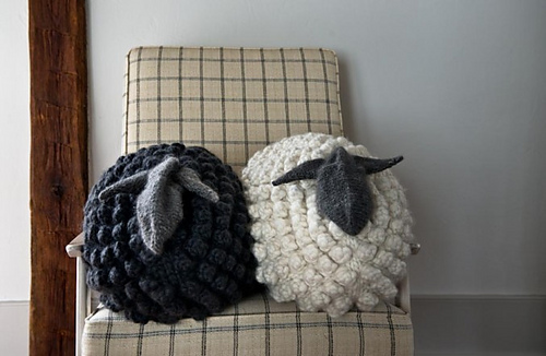 Bobble-sheep-pillow-gg-600-2-677x441_medium