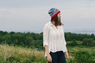 Quince-co-berit-dianna-walla-knitting-pattern-chickadee-5_small2
