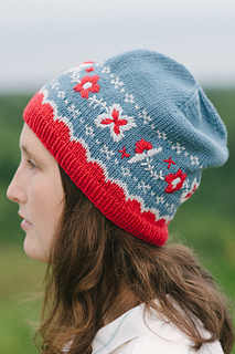 Quince-co-berit-dianna-walla-knitting-pattern-chickadee-2_small2