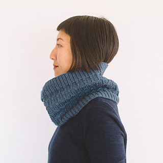 Quince-co-clinton-hill-angela-tong-knitting-pattern-osprey-2sq_small2