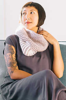 Quince-co-fog-harbour-fiona-alice-knitting-pattern-ibis-4_small2