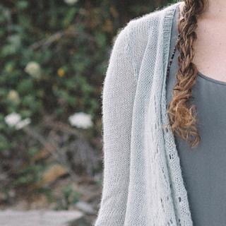 Quince-co-estuary-dawn-catanzaro-knitting-pattern-piper-4-sq_small2