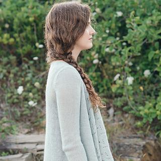Quince-co-estuary-dawn-catanzaro-knitting-pattern-piper-3-sq_small2