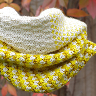 Stitchblockcowl_5a_small2