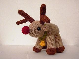 Amigurumi Yarn Type : Ravelry: Amigurumi Reindeer pattern by Lion Brand Yarn