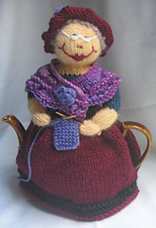 Free Patterns For Loom Knitting : Ravelry: Grandma and Her Cat Tea Cosy pattern by Rian Anderson