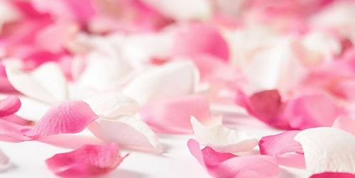 Beneficios-del-agua-de-rosas_medium