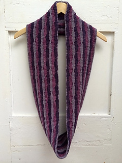 Puckeredcowl_022_small2