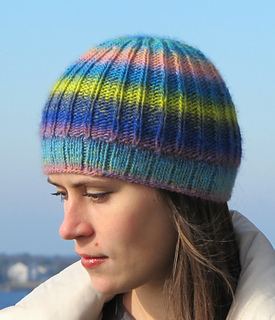 Gina_hat_img_3992_small2