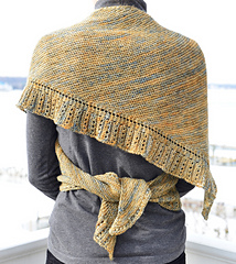 Side_to_side_shawl__dsc6997_small