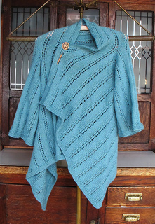 Cardigan_shawl_1_small2