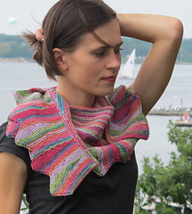 Sawtooth_shawl_img_5365_small