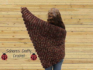 Breaking_waves_shawl_by_schere_s_crafty_crochet_small2