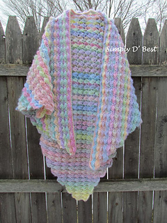 Breaking_waves_shawl_by_schere_s_crafty_crochet_-_photo_by_simply_d__best__4__small2