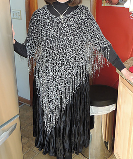 Crocheted_poncho_small2