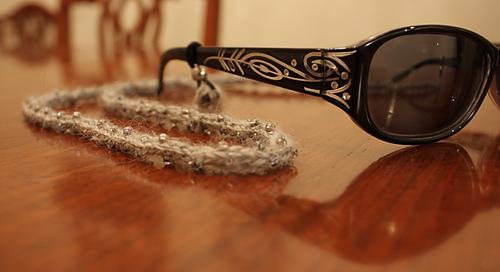 Spectacles_cord_2_medium
