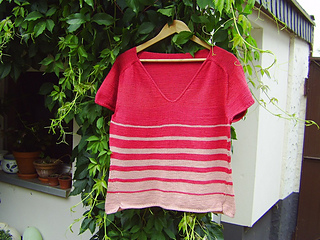 At_the_seaside_tee_8_small2