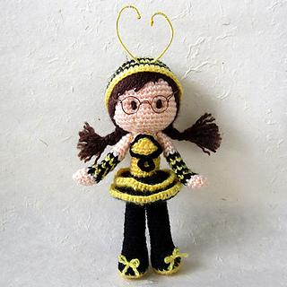 Amigurumi Bee Girl : Ravelry: Bee Girl Amigurumi pattern by Serah Basnet