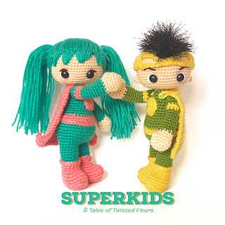 Superkids_by_tales_of_twisted_fibers_free_superhero_amigurumi_pattern__4__small2
