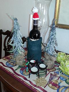 Santa_wine2_small2