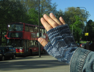 Boyfriendmitts01_small2