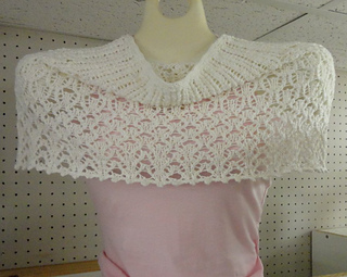Yaz_capelet_small2