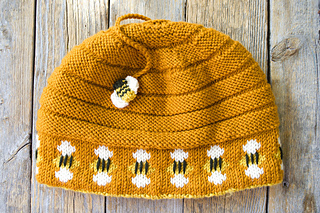 Beehive_hat_49_small2