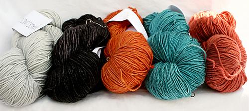 Zuni_shawl_yarn_medium