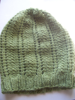 Lacy_green_slouchy_beanie__1__small2