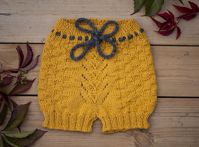 culotte tricotée pour enfant Ullfuglen par Innestemmen