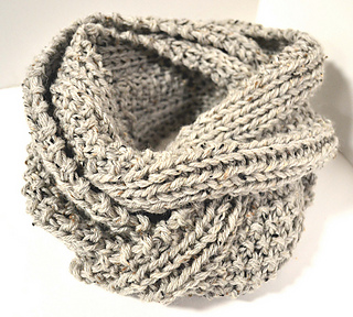 Ravelry: Two Row Textured Infinity Scarf pattern by Stephanie Jones