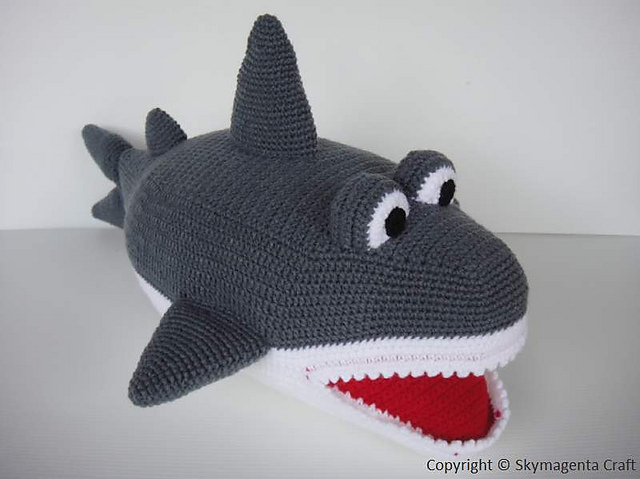 Amigurumi Shark Crochet Pattern : Niccupp Crochet: 12 Sharks You Can Crochet While Watching ...