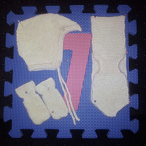 Ravelry: #1955 Babyjakke strikka i eitt stykke pattern by