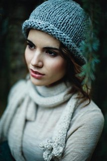 Holly_hat_small2