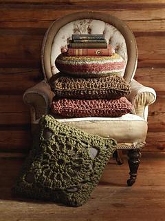Crochet_square_cushion_small2