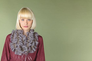 Ruffle_scarf_-_full_small2