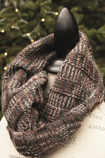 Ribbed_swatch_cowl_small2