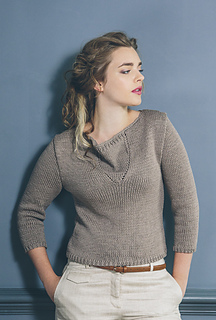 Alanna Nelson knits Rowan Yarns in Boston