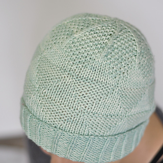 Triangletexture_hat_01_small2