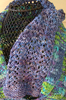 Painted_lace_scarf_small2