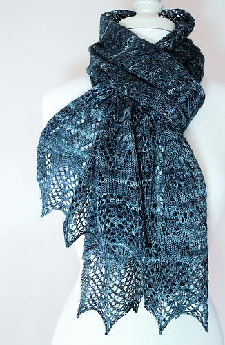 Liz_scarf2_medium