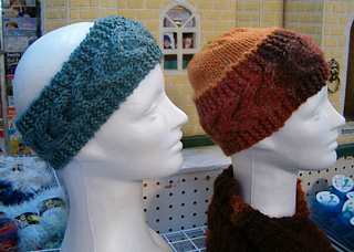Horseshoe_cable_hat_small2