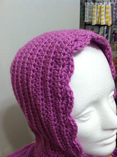 Crochet_hoody_closeup_small2