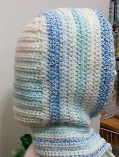 Cro_scarf_back_small2