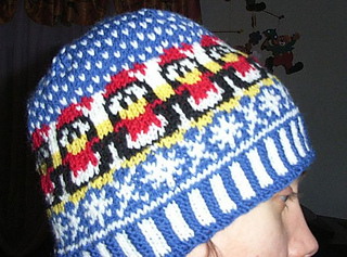 Winter_penguin_beanie2_small2