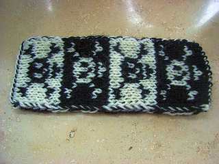 Pirates_bookscarf_small2