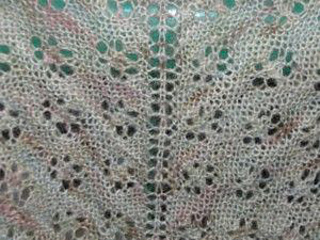 A_nepalese_lasce_shawl_closeup_300_small2