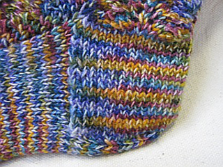 Dark_rainbow_sock_heel2_small2